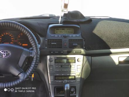 Toyota Avensis 2005 года за 3 299 000 тг. в Караганда – фото 3
