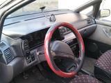 Nissan Prairie 1992 года за 990 000 тг. в Усть-Каменогорск – фото 3