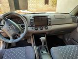 Toyota Camry 2004 года за 4 200 000 тг. в Актау – фото 4