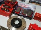 Тормозные диски и колодки за 4 990 тг. в Алматы
