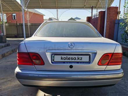 Mercedes-Benz E 230 1997 года за 2 850 000 тг. в Кызылорда – фото 8