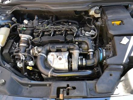Двигатель на Volvo V50. Двигатель на Вольво В50 за 101 010 тг. в Алматы