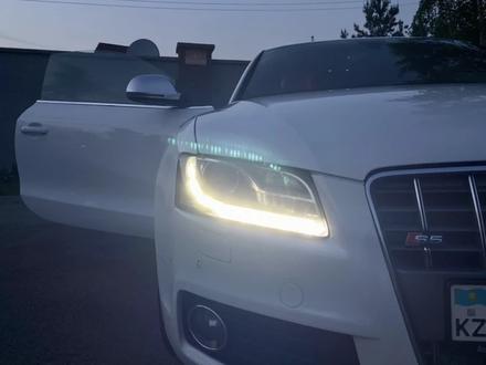Audi S5 2009 года за 9 999 999 тг. в Алматы – фото 25