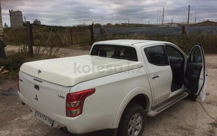 Крышка крашенная на Mitsubishi l200 2015 + за 400 000 тг. в Нур-Султан (Астана)