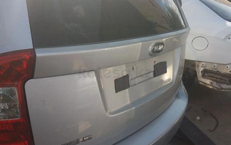 Кришка багажник стеклом за 100 000 тг. в Актобе