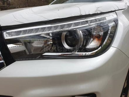 Toyota Hilux 2019 года за 14 600 000 тг. в Актау – фото 9
