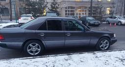 Mercedes-Benz E 230 1991 года за 2 300 000 тг. в Алматы