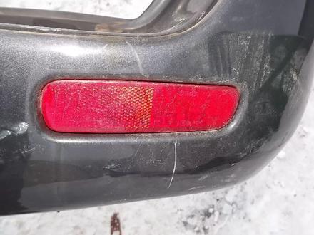 Катафот заднего бампера правый Lexus LX470 за 6 000 тг. в Алматы