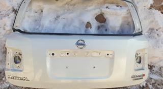 Крышка багажника ниссан патрол Y62 за 130 000 тг. в Алматы