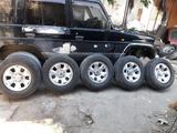 Диски с шинами Р17 за 120 000 тг. в Кызылорда – фото 4