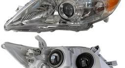 Фара Toyota Camry 09-11 не ксенон без корректора темная за 56 400 тг. в Алматы