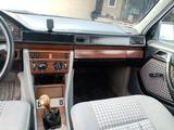 Mercedes-Benz E 230 1986 года за 750 000 тг. в Аксукент – фото 3