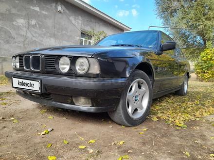 BMW 520 1992 года за 1 750 000 тг. в Шымкент