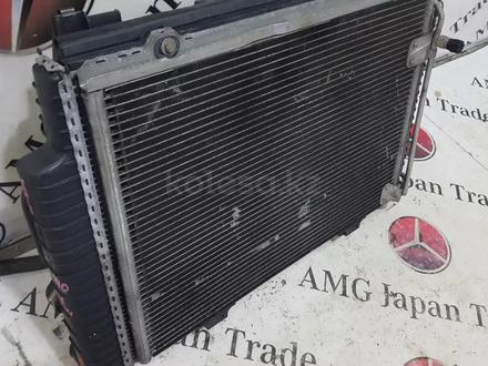 Кассета радиатора в сборе на Mercedes-Benz r170 SLK230 за 42 445 тг. в Владивосток – фото 17