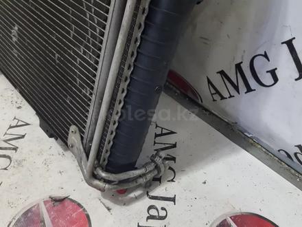 Кассета радиатора в сборе на Mercedes-Benz r170 SLK230 за 42 445 тг. в Владивосток – фото 25