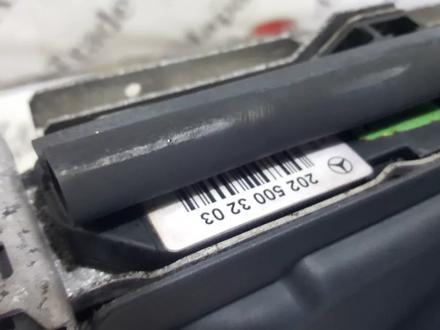 Кассета радиатора в сборе на Mercedes-Benz r170 SLK230 за 42 445 тг. в Владивосток – фото 3