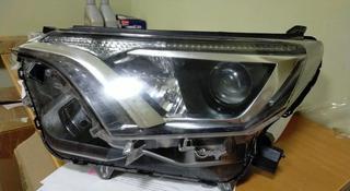 Фара Toyota RAV4 за 120 000 тг. в Алматы