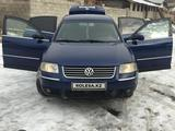 Volkswagen Passat 2002 года за 3 000 000 тг. в Нур-Султан (Астана) – фото 2
