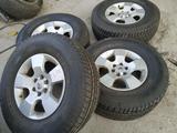Диски с зимней резиной R16 265/70 Nissan Pathfinder за 250 000 тг. в Алматы
