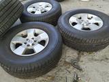 Диски с зимней резиной R16 265/70 Nissan Pathfinder за 250 000 тг. в Алматы – фото 2