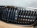 Передняя решетка на Mercedes w213 Maybach за 150 000 тг. в Алматы – фото 3