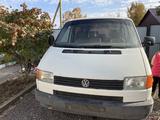 Volkswagen Caravelle 1995 года за 2 500 000 тг. в Экибастуз