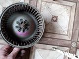 Вентилятор печки на Mitsubishi Carisma (1994-2001 г. В) v1.8 б… за 14 000 тг. в Караганда – фото 3