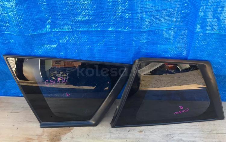 Стекло глухое на Митсубиси Аутлендер cw5w (Outlander XL) за 35 000 тг. в Алматы