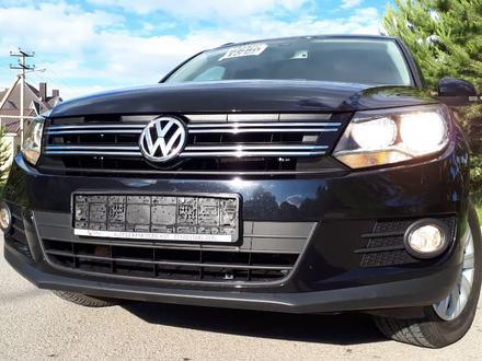 Volkswagen Tiguan 2016 года за 6 200 000 тг. в Костанай – фото 30
