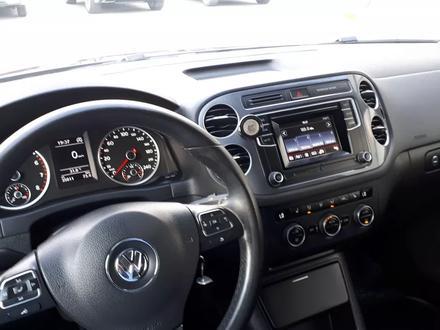 Volkswagen Tiguan 2016 года за 6 200 000 тг. в Костанай – фото 64