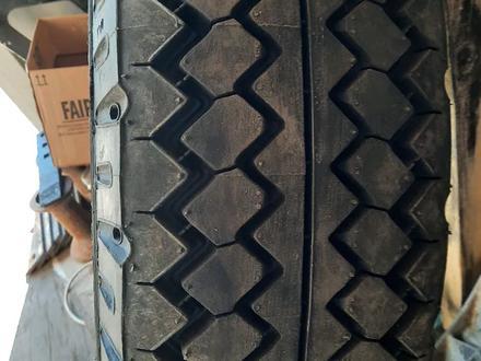 Шины грузовые за 54 000 тг. в Нур-Султан (Астана) – фото 2