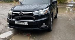 Toyota Highlander 2015 года за 15 900 000 тг. в Караганда – фото 2