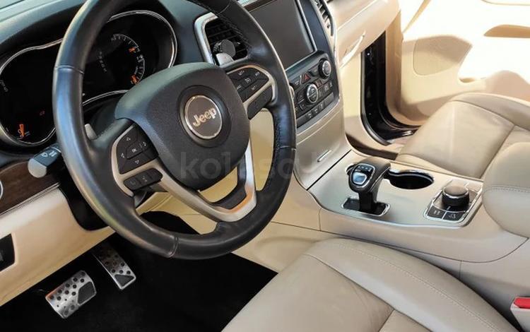 Jeep Grand Cherokee 2014 года за 13 500 000 тг. в Алматы
