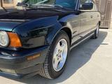 BMW 520 1995 года за 2 700 000 тг. в Шымкент – фото 4