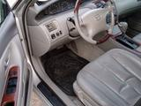 Toyota Avalon 2004 года за 4 100 000 тг. в Усть-Каменогорск – фото 3