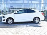 Chevrolet Aveo 2015 года за 3 990 000 тг. в Уральск – фото 4