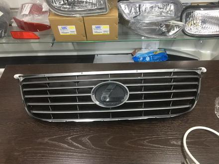 Решетка радиатора на Lexus ES350 за 20 000 тг. в Атырау