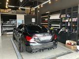 Диффузор с насадками для Mercedes Benz w205 за 135 000 тг. в Алматы – фото 2