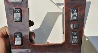 Панель на кулису W140 (Деревяшка) за 20 000 тг. в Алматы