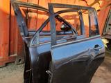 Toyota highlander 40 дверь задный за 140 000 тг. в Алматы