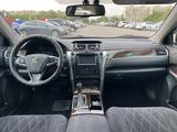 Toyota Camry 2017 года за 10 300 000 тг. в Алматы – фото 4