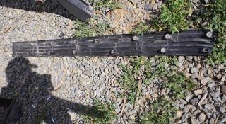Накладка порога структурная черная правая на LX570 с16 года 2004 за 11 000 тг. в Нур-Султан (Астана)