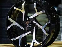 Кованные диски на Lexus LX570 r22 за 2 300 000 тг. в Алматы