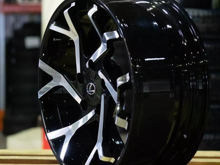 Кованные диски на Lexus LX570 r22 за 2 300 000 тг. в Алматы – фото 2