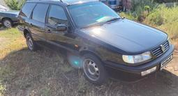 Volkswagen Passat 1995 года за 1 850 000 тг. в Уральск – фото 2