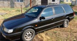 Volkswagen Passat 1995 года за 1 850 000 тг. в Уральск – фото 3