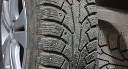 R17 диски с шипованные шины за 165 000 тг. в Кызылорда – фото 5