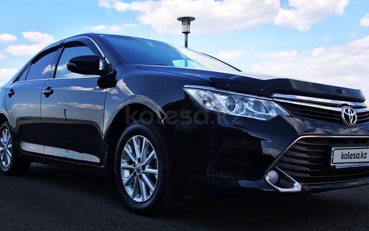 Toyota Camry 2015 года за 8 900 000 тг. в Нур-Султан (Астана)