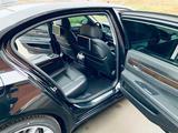 BMW 750 2013 года за 12 000 000 тг. в Атырау – фото 4