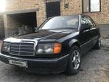 Mercedes-Benz E 230 1993 года за 790 000 тг. в Шымкент – фото 2